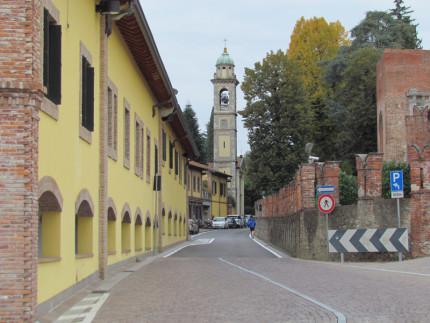 15_Carimate Piazza Castello (5)
